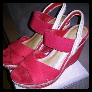Red Studio Paolo Wedges